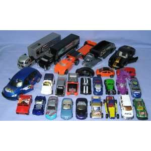 26 Diecast Cars, Trucks, Carriers Matchbox, Hotwheels