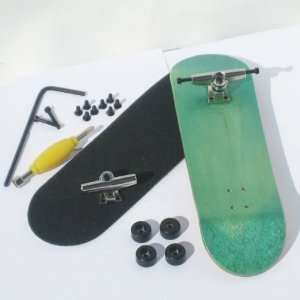Peoples Republic Complete Wooden Fingerboard   Green Toys & Games