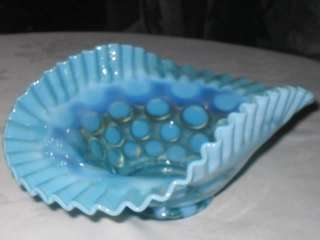 VINTAGE SEA BLUE FENTON OPALESCENT ART GLASS CANDY COIN DOT SPOT TABLE