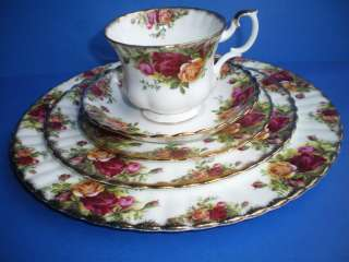 Royal Albert China Old Country Rose 5 Pc Place Setting